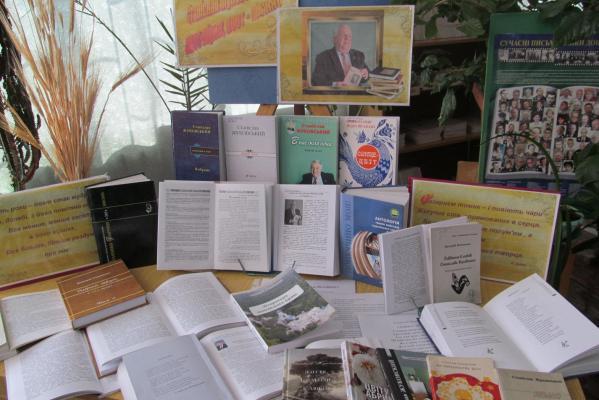 Станіслав Жуковський –  сучасний український поет-лірик, поет-пісняр